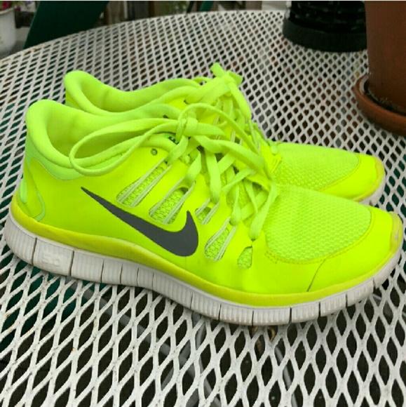 35ac56d408b63e Nike Free 5.0 Neon Yellow Running Shoes. M 5bfe9d75fe5151efc9c31d3c